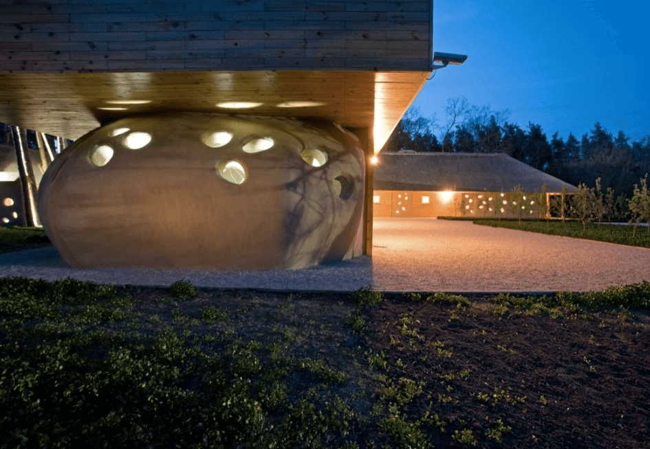 Friend House