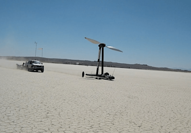 Быстрее ветра с помощью ветра