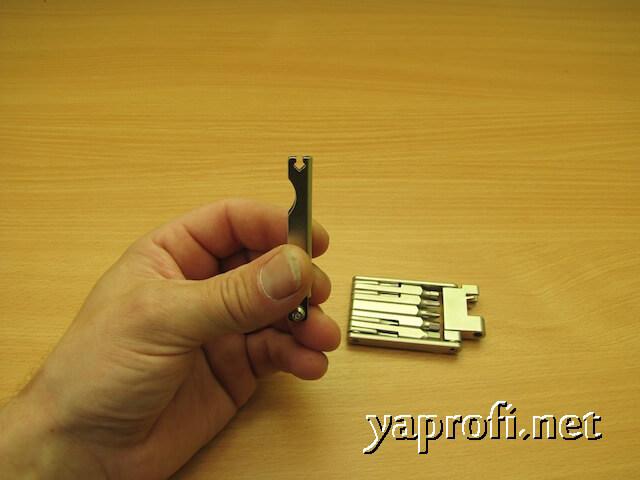 Спицевой ключ в мультитуле Спелли