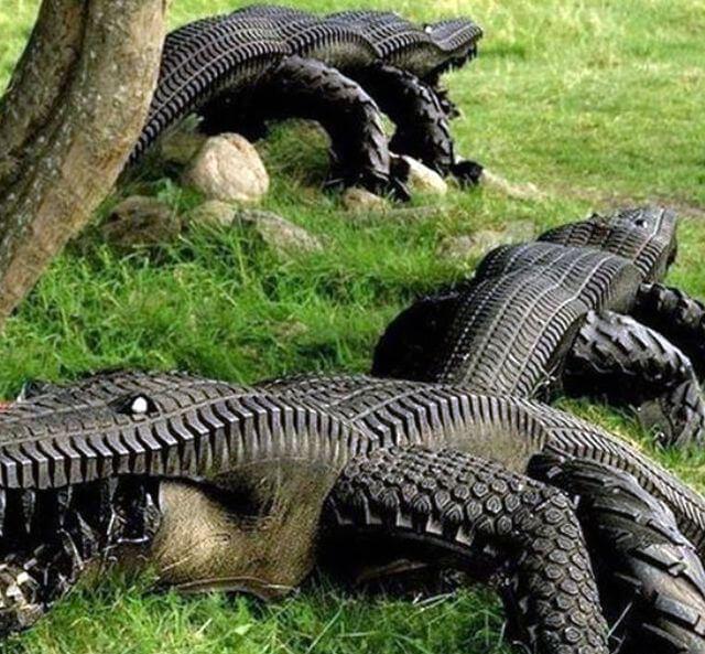 Резиновый крокодил