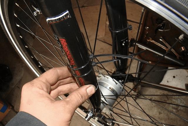 Установка беспроводного велокомпьютера VDO A4+