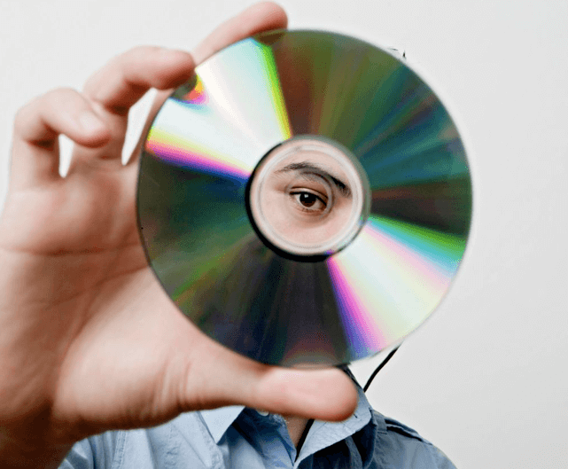 Подеделки из старых CD дисков