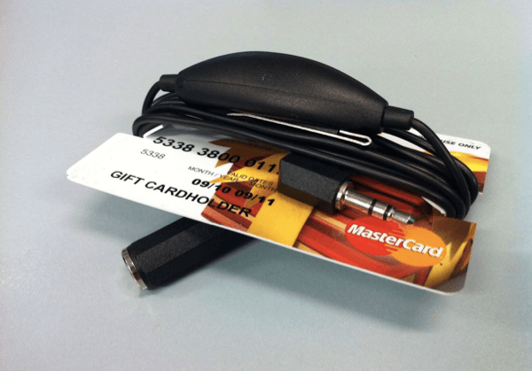 Холдер для интерфейного шнура