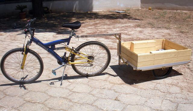 Велосипед с прицепом