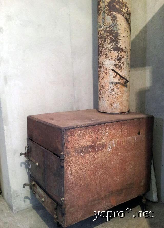Печка- буржуйка для отопления мастерской