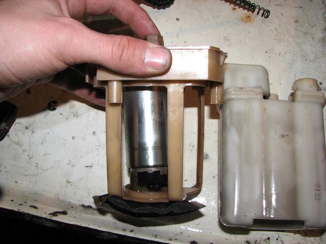 Насос и фильтр отделены