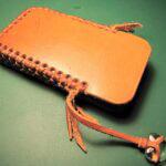 Кожаный чехол для смартфона ко Дню Влюбленных