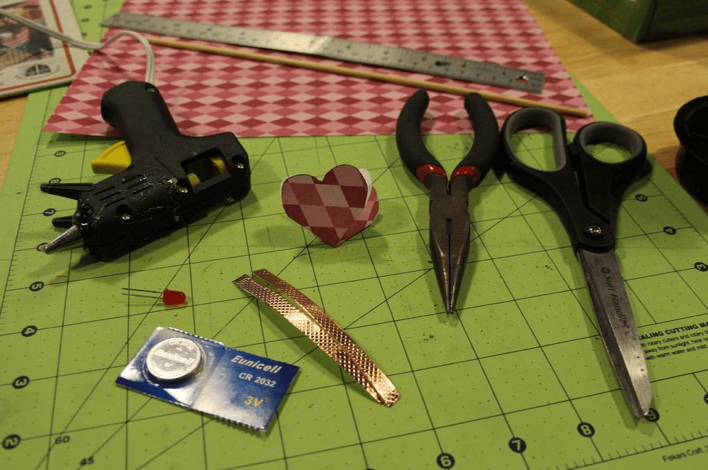 Материалы для светодиодного цветка