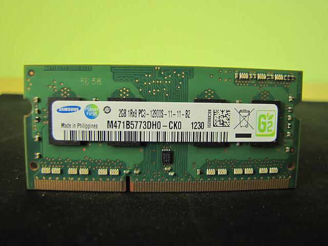 Снятая с ноутбука Asus X55 DDR3 2 Гб